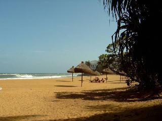 Lavnia Lodge @ 27Deseram Rd - Colombo vacation rentals