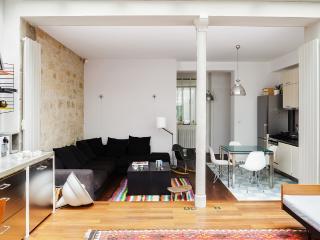 Designer Apartment in heart of Montmartre - Paris vacation rentals