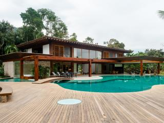 House by the gulf - Angra Dos Reis vacation rentals