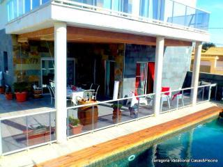 VILLA LUXE MINERVA. 18 personas Tarragona relax - Sant Jaume dels Domenys vacation rentals
