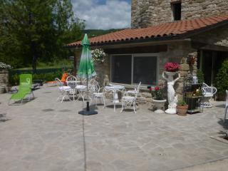 Appartamento in casa in pietra in borgo toacano - Badia Tedalda vacation rentals