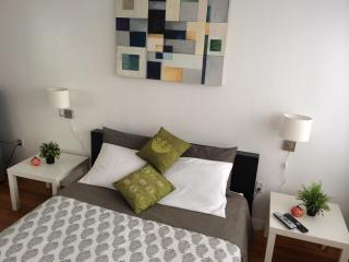 $50 Cozy room family home Mia - Miami Beach vacation rentals