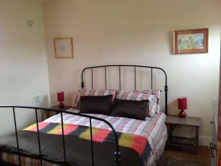 Curry's Cottage, Co. Fermanagh, Self Catering accommodation - Derrylin vacation rentals