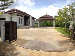 Thai-Bali Private Pool Villa - Krabi Province vacation rentals