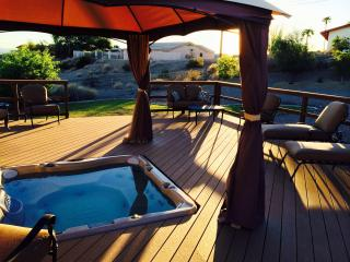 Relax! 3B/2B w/Spa Overlooking Natural Desert Wash (Email - Snowbird Discount) - Lake Havasu City vacation rentals