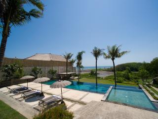 Mary, Luxury 5 bedroom Villa in Canggu - Canggu vacation rentals