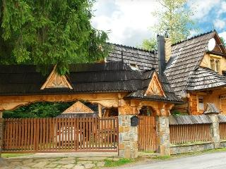 Nice Chalet with Deck and Internet Access - Zakopane vacation rentals