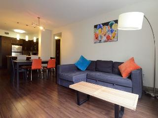 Chic 2 Bedroom 2 Bath in the heart of Hollywood - Hollywood vacation rentals