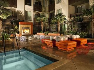 Rubix Hollywood 5 Loft Suite - Hollywood vacation rentals