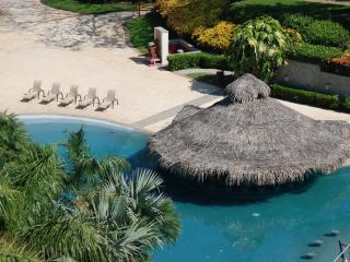 Cenízaro Penthouse, #604 - Tamarindo vacation rentals