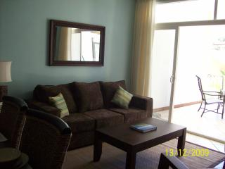 Comfortable Condo with Internet Access and Shared Outdoor Pool - Tamarindo vacation rentals
