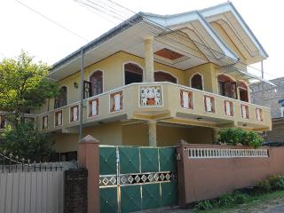 Bright 5 bedroom Bed and Breakfast in Bentota - Bentota vacation rentals