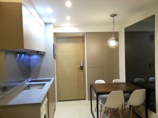 3BR 1min Wan Chai MTR Designer Apt - Hong Kong vacation rentals