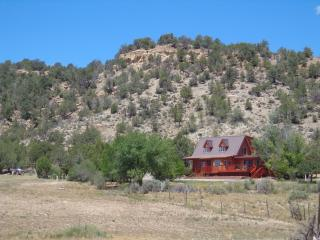 Vacation home between Zion National Park and Bryce - Orderville vacation rentals