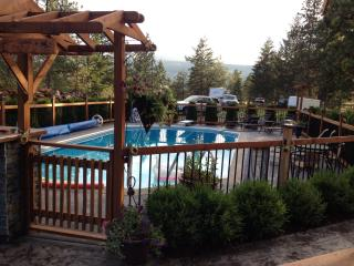 Collect your own eggs for breakfast! - Westbank vacation rentals