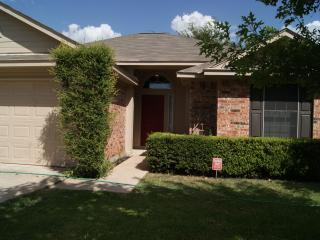 Formula 1, Circuit of the Americas Austin, ACL, SXSW, X-Games, MotoGP, ROT Rally 3 Br / 2 Ba - Del Valle vacation rentals