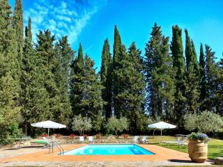 6 bedroom Villa in Poggibonsi, Chianti, Tuscany, Italy : ref 2294127 - Staggia vacation rentals