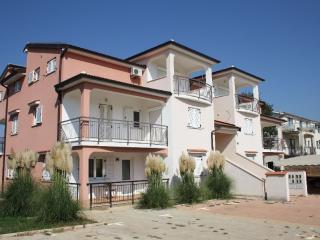 2 bedroom Apartment with Dishwasher in Cervar Porat - Cervar Porat vacation rentals