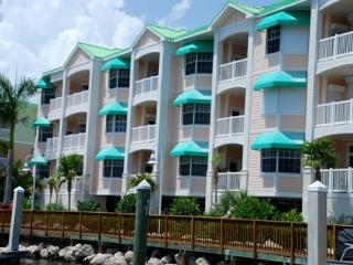 30 night minimum stay requirement.  2 Bedroom 2 Bathroom Condo with Beautiful - Key West vacation rentals