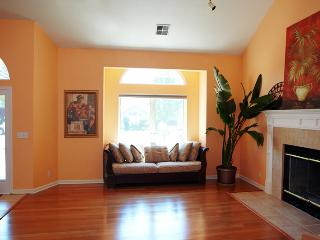 4 bedroom House with Internet Access in Chico - Chico vacation rentals