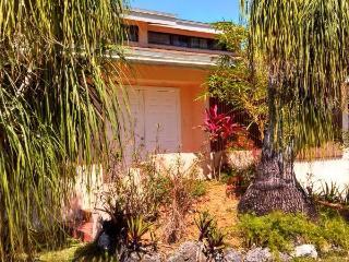 Keys & Everglades Gateway - Green Room - Homestead vacation rentals
