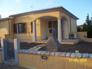 Nice House with Deck and A/C - Argentiera vacation rentals