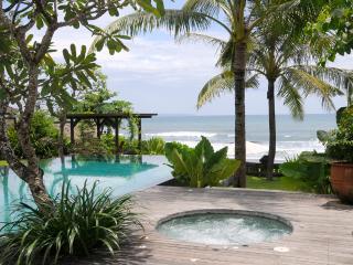 Waringin, 6 bedroom, pantai lima estate - Canggu vacation rentals