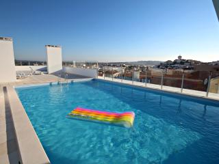 SCH-076 2 Bedroom Apartment with Large Terrace - Batalha vacation rentals