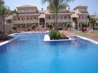 3 bedroom house in Albatross Dev, overlooking pool - Los Alcazares vacation rentals