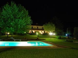 Bright 4 bedroom Bed and Breakfast in Amelia - Amelia vacation rentals