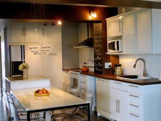 Resort Style & Ocean View Condo, 3Br-2Ba, Sleep 7 - Saint Augustine Beach vacation rentals