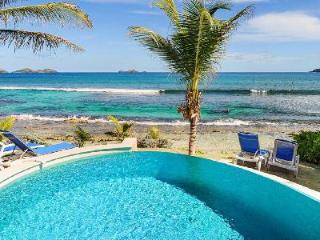 Picturesque Villa Key Lime with a beach perfect for swimming and surfing - Anse Des Cayes vacation rentals