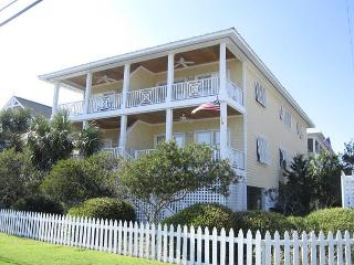 Harris- Ocean view townhouse located on the south end with easy beach access - Wrightsville Beach vacation rentals