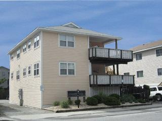 Klutz -  Enjoy your vacation at this centrally located condo in Beach Haven - North Carolina Coast vacation rentals