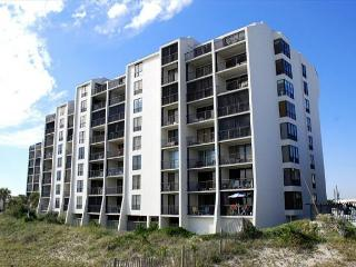 Station One - 1F Matt - Oceanfront condo with community pool, tennis, beach - Topsail Beach vacation rentals