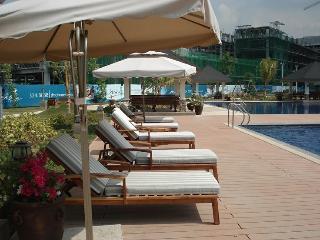 Midrise condo close to Manila Airport - Taft vacation rentals