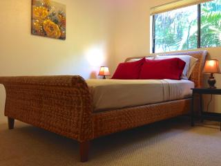Room w Private Bath in Paradise - Kihei vacation rentals