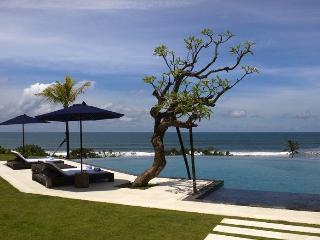 6 Bedroom Luxury Beachfront Villa - Tabanan vacation rentals