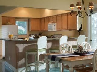 2 bedroom House with Internet Access in Bald Head Island - Bald Head Island vacation rentals