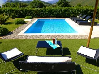 Bright 4 bedroom Oletta Villa with Internet Access - Oletta vacation rentals