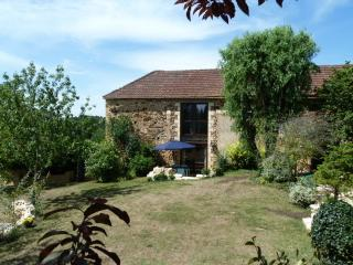 Lovely 3 bedroom Frayssinet-le-Gelat Gite with Internet Access - Frayssinet-le-Gelat vacation rentals