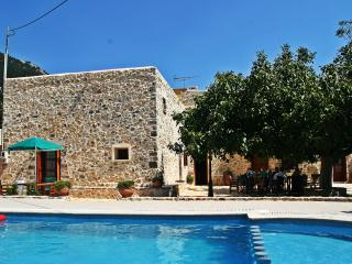 Nice Villa with A/C and Satellite Or Cable TV - Chora Sfakion vacation rentals