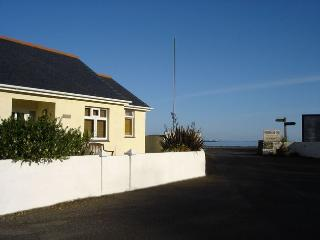 Lovely 2 bedroom House in Porthallow - Porthallow vacation rentals