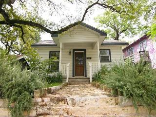 Clarksville Cottage - 1.5br/1ba - Very close to downtown - Austin vacation rentals