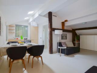 Azzoguidi - 3719 - Bologna - Bologna vacation rentals