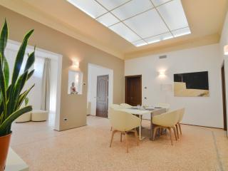 Re Enzo - 3707 - Bologna - Bologna vacation rentals