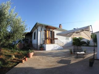 Comfortable Villa with Internet Access and Patio - Trappeto vacation rentals