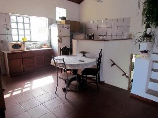 Casa localizada no centro historico de cananeia-SP - Sao Vicente vacation rentals