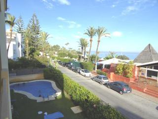 Beach front apartment - San Pedro de Alcantara vacation rentals
