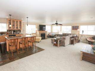 Spacious, Beautiful New Townhome Close to Downtown! - San Luis Obispo County vacation rentals